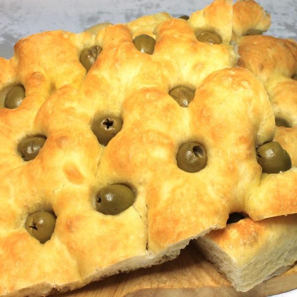 focaccia alle olive Maccalli