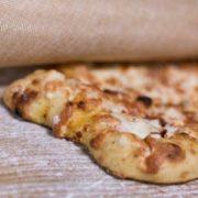pizza romana con mozzarella Maccalli