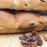 pane lungo uvetta maccalli